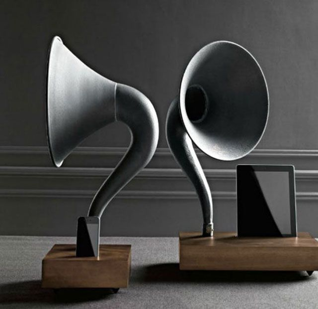 The 35 most amazing (and creative) speakers on earth http://decdesignecasa.blogspot.it