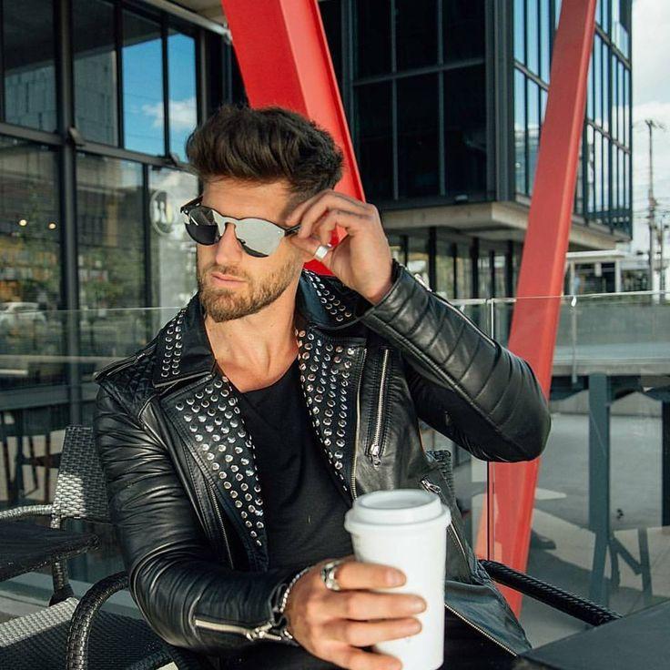 """40 Me gusta, 2 comentarios - 💈BOCA DE LOBO BARBER SHOP💈 (@bocadelobobarbershop) en Instagram: """"Los mejores estilos aquí en BOCA DE LOBO BARBER SHOP  LA NUEVA BARBERÍA EN BOGOTÁ…"""""""