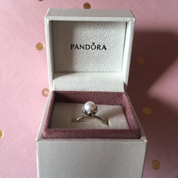 Pandora Pearl Ring Size 7, mild scratches on bottom of ring Pandora Jewelry Rings