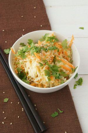 アジアン・コールスロー by 直/リメンバー・ザ・レモン   レシピサイト ... 水切りしたキャベツとニンジンをドレッシングで和え、お皿に乗せて、白ごまと粗く刻んだコリアンダーを散らして、できあがり。
