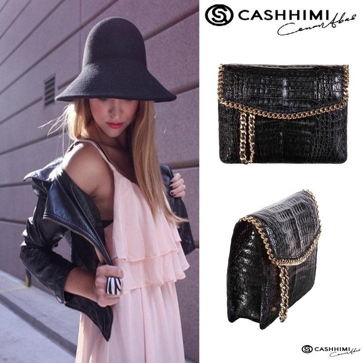Cashhimi Black Barrow Leather Clutch
