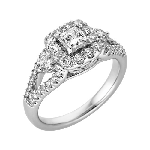Spectacular Diamond Engagement Ring in White Gold Fred MeyerVow