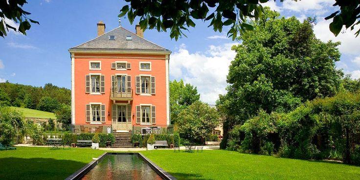 Façade - Château de Courban & Spa - 4 étoiles - Bourgogne #castle #chateau #hotel #bourgogne #burgundy #france