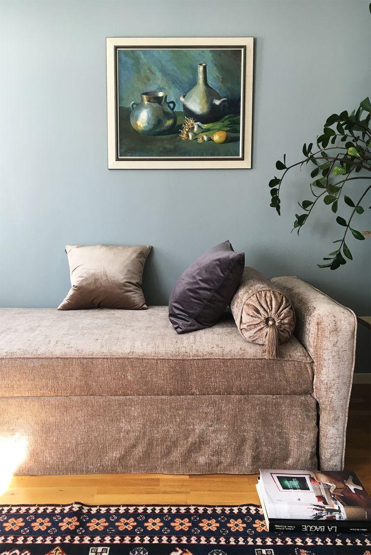 DIY. Velvet, sofa, couch, sammet, soffa, dagbädd, day bed, cushions, kuddar.