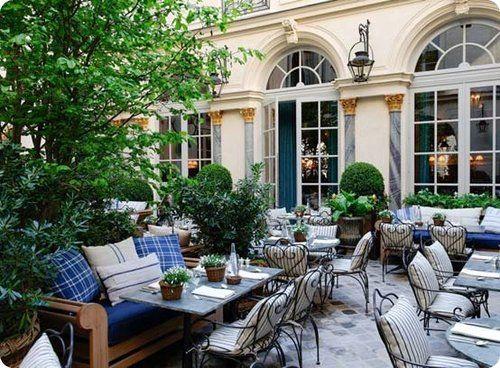 Rosa Bonheur    Parc des Buttes Chaumont  2, allée de la Cascade  75019 Paris
