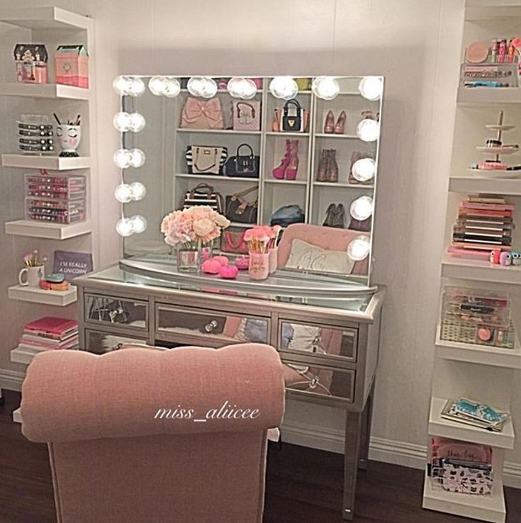 Pinned By 900ks Beauty Room Room Decor Vanity Room