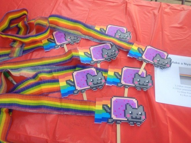 A Nyan Cat Birthday Party, Or How You Too Can Give In To Your Geekling's Party Ideas | GeekMom | Wired.com  (I knew I should have written a blog about Jo's 1st birthday party. The theme was LOLcats.)