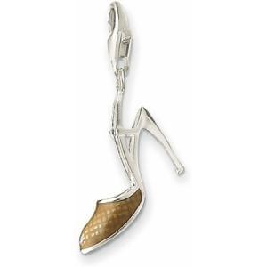 De Sterling zilveren charm is afgewerkt met transparant emaille waardoor een mooi Weave motief ontstaat.