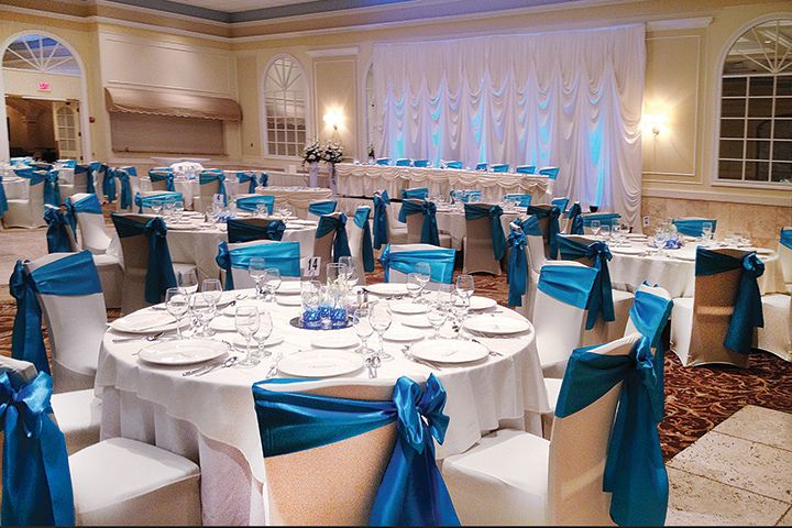 wedding decor rental chicago venutis banquet chairs spandex chair covers malibu blue 9002