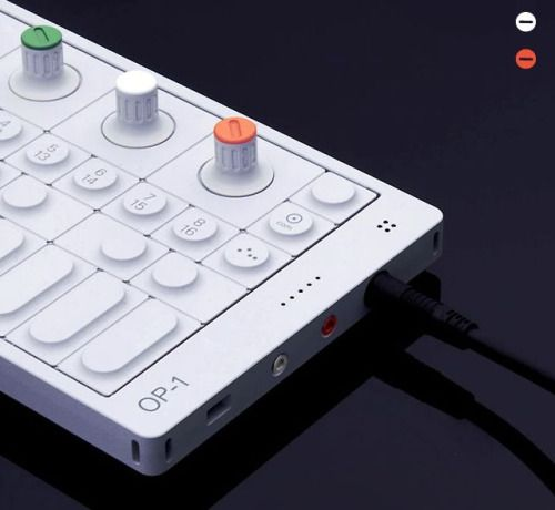 Teenage Engineering / OP-1 / Synthesizer / 2011