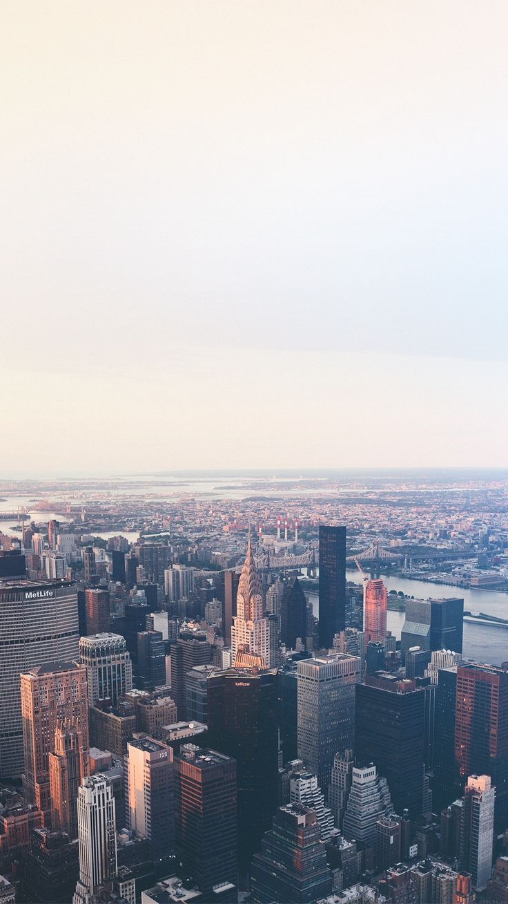 New York Flare Blue City Sky iPhone 6 wallpaper