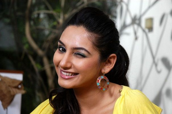 Actress Ragini Dwivedi admitted to the ICU
