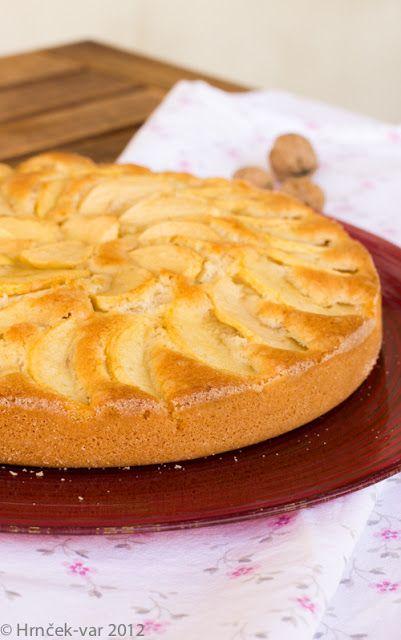 Hrnček var: Jablkovy kolac