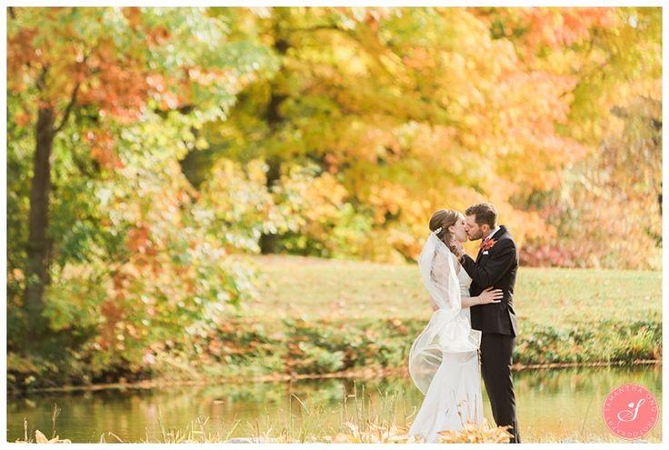 trillium-trails-oshawa-fall-rustic-wedding-photos-23