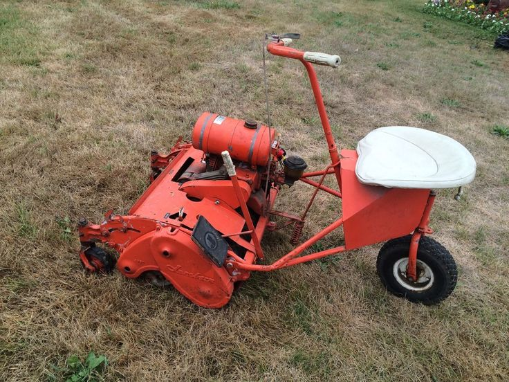 158 best vintage lawn mowers images on pinterest grass cutter lawn mower and engine. Black Bedroom Furniture Sets. Home Design Ideas
