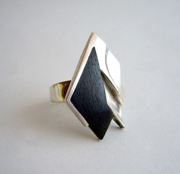 Zoltán Popovits (HU) for Lapponia Jewelry, Sterling silver and ebony ring, 1985. #Finland