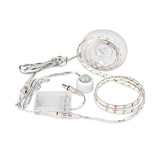 LOPOO LED Strip mit Sensor Nachtbeleuchtung und Batterie box 1.5m Warmweiß Licht LED Streifen 45 LED für Bett Sofa Stufe und Außen (Warmweiß)