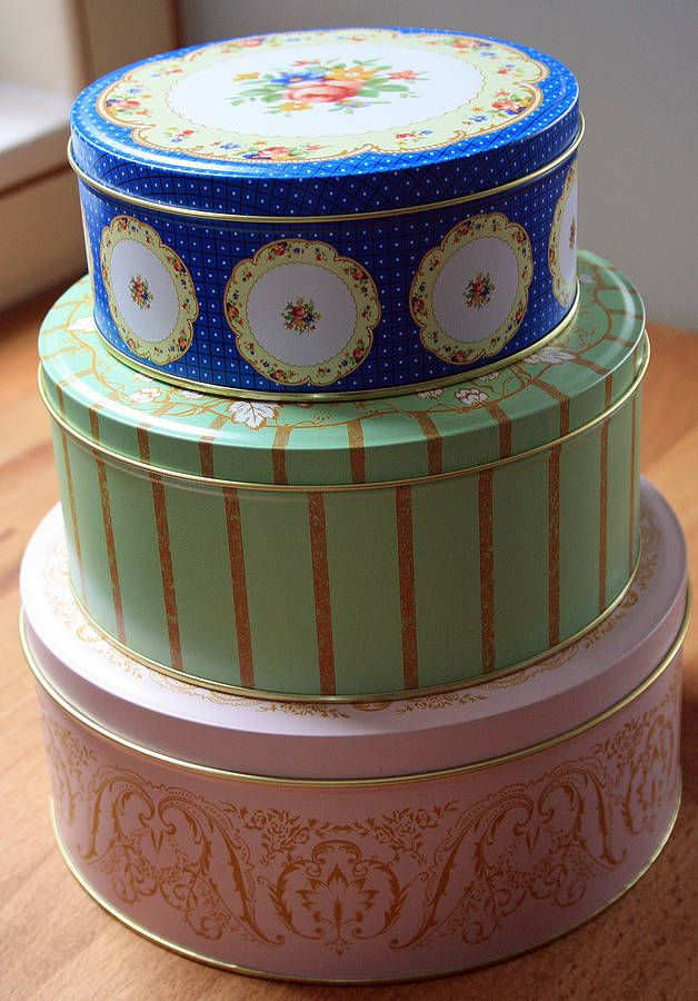 Great Set Of Three Storage Tins   Cake Stands