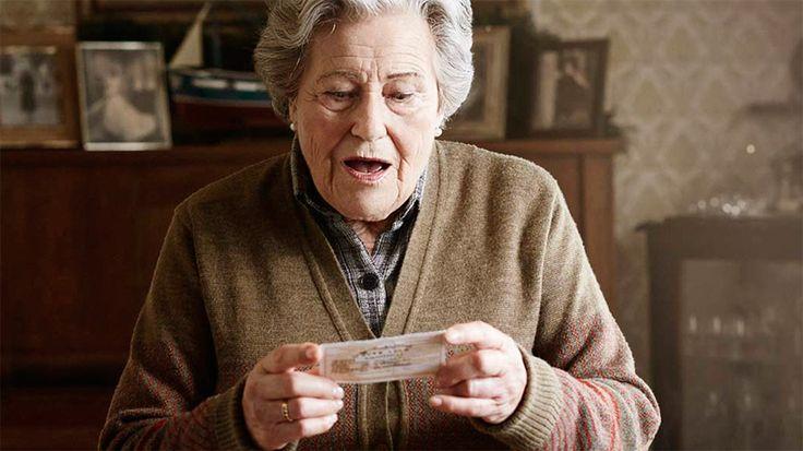 Anuncio de la Lotería de Navidad 2016, Lotería de Navidad online, completo y gratis en A la Carta. Todos los informativos online de Lotería de Navidad en RTVE.es A la Carta