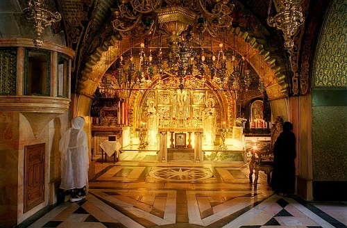 Jerusalem.. Greek Orthodox chapel built around what is believed to be the Rock of Calvary on which Christ was crucfied.: The Orthodoxia, Holy Church, The Rocks, Orthodox Christian, Holy Places, Eastern Christian, Jerusalem Israel, Holy Sepulchr, Holy Land
