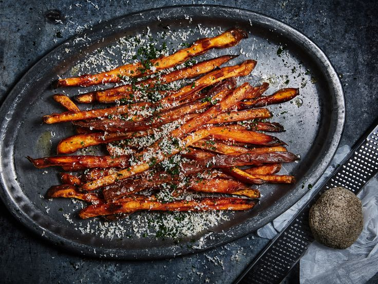 Rostade sötpotatispommes med riven belper knolle   Recept från Köket.se