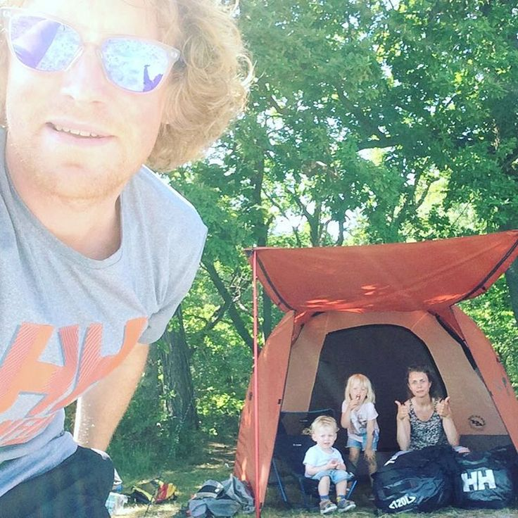 HH Ambassador @ anders_olesen1 enjoys some family time camping!