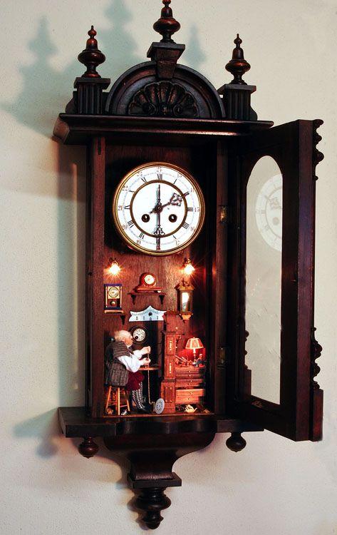 Good Sam Showcase of Miniatures. Love the idea of putting the scene in a clock.