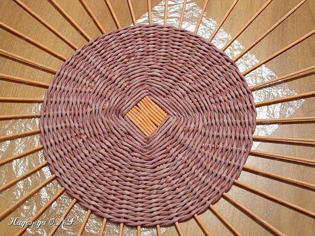 Неоднократно меня спрашивали, как я плету подносы... Выпал случай сфотографировать процесс... фото 10