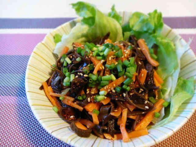 お腹すっきり!きくらげと人参の中華サラダの画像