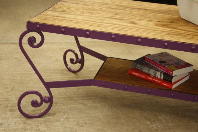 Muebles bien hechos mesa de madera de pino y hierro for Muebles de fierro forjado