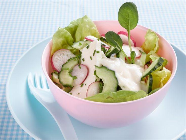 Kotijuusto-retiisisalaatti