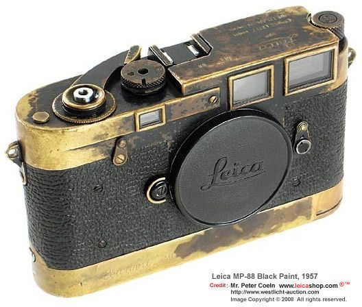 Leica MP 88 Black Paint w/Leicavit MP, 1957
