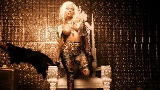 Videoclip: Nicki Minaj feat. French Montana - Freaks  http://www.emonden.co/videoclip-nicki-minaj-feat-french-montana-freaks