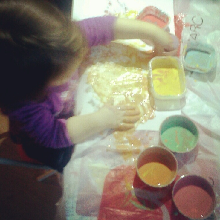 With flour, water and food coloring I've made non-toxic paint for kids. It's fun, easy and safe for my baby girl.