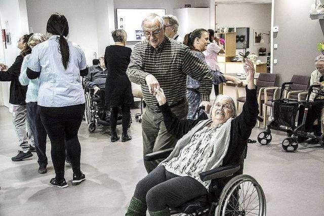 Se billederne: Dans tænder gnisten og musik vækker minder