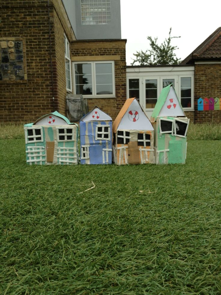 Beach Huts Year 2