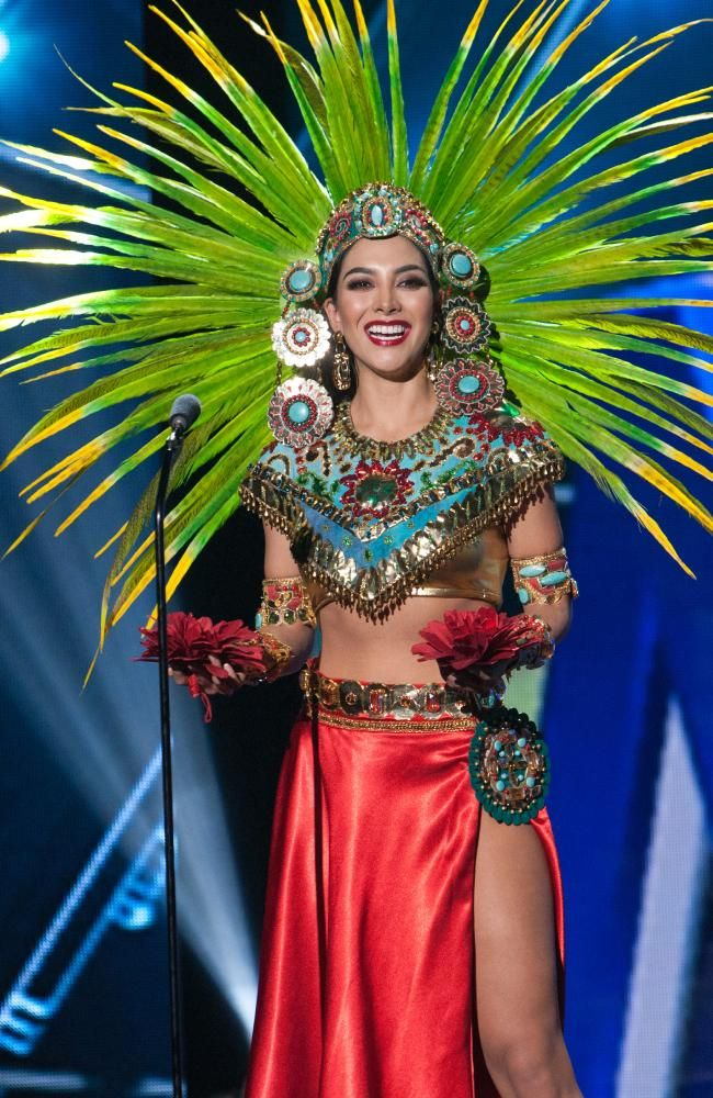 miss universe mexico 2015 in her national costume at miss universe 2015 - Universe Halloween Costume