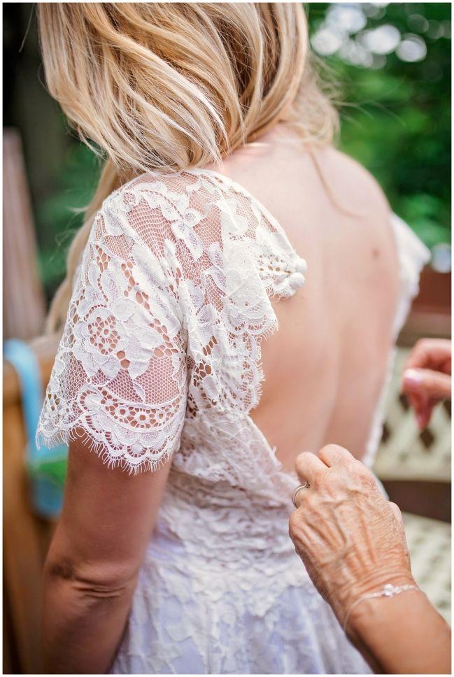 bride getting ready - 99 sudbury wedding - melissa avey photography