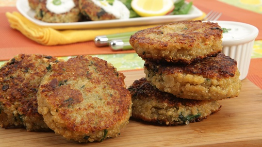 Quinoa Cakes with Lemon Yogurt Sauce