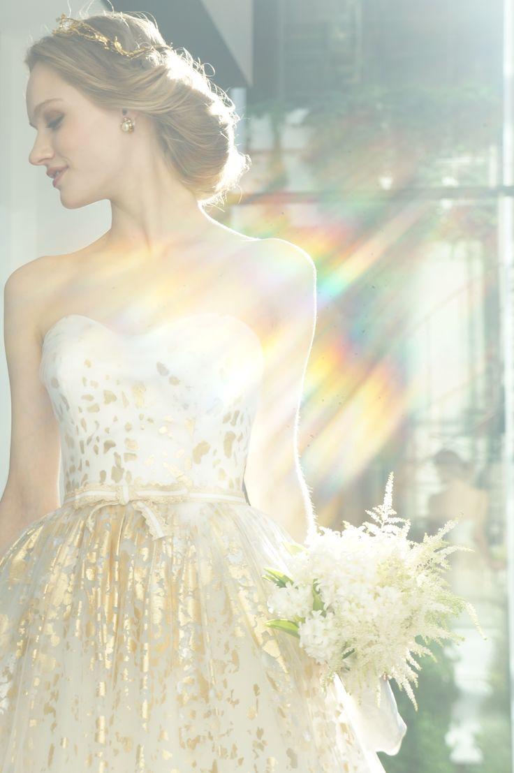#press show #Carolina Herrera #Aurora #wedding #weddingdress #NOVARESE #キャロリーナ・ヘレラ #ウエディング #ウエディングドレス #ノバレーゼ #プレスショー