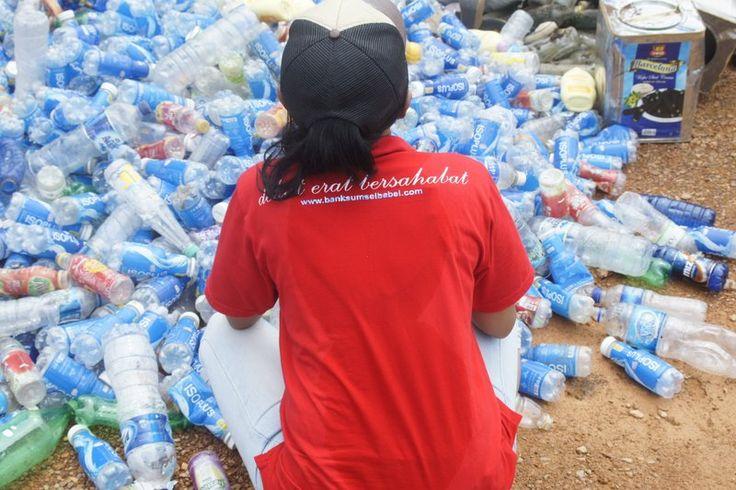 JADI PEMULUNG DULU . . . – Merajut Indonesia