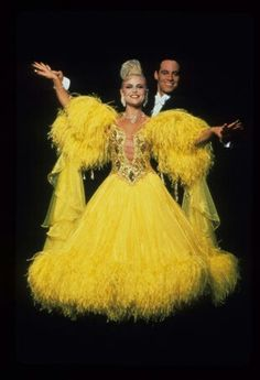 strictly ballroom techniques Techniques: 1 symbolism: colour is used symbolically in the film to represent attitudes consistent with particular groups the bright yellows, pinks and blues in the costumes of the ballroom dancers highlight the significance of appearing extraordinary.