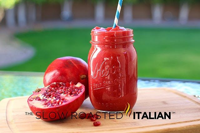 Skinny Shake. 4 cups frozen strawberrys. 1 cup pomegranate juice. 1 cup water. 1/2 fresh lemon juice. Blend. Mid morning snack.