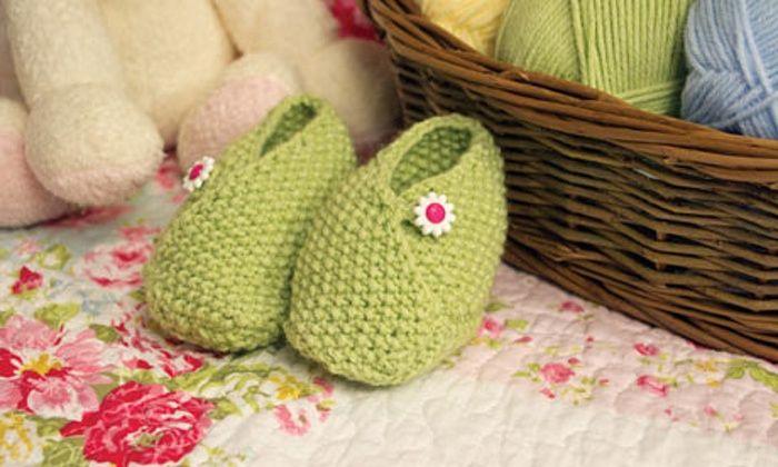 Delamore baby slippers