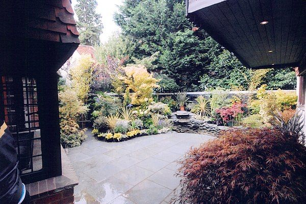 Complete Courtyard Makeover – AFTER