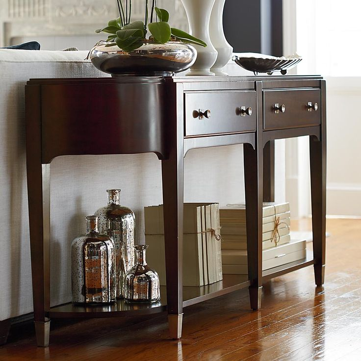 Cosmopolitan Hall Console Table By Bassett Furniture Signature Pieces Feature Glamorous Curves And Clean Sophisticated