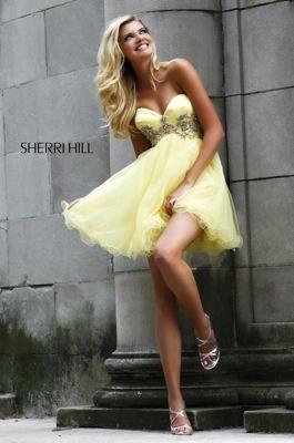 love the light yellow
