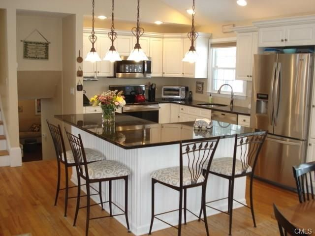 25 b sta split level kitchen id erna p pinterest for Kitchen designs for split level homes