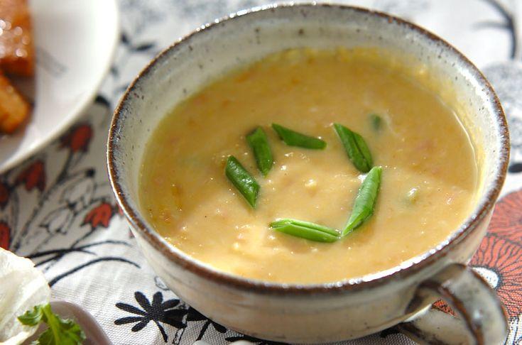 クリームコーン缶を使って作るお手軽スープ。ハムとインゲンが食感のアクセント。クリームコーンスープ[洋食/シチュー・スープ]2015.06.29公開のレシピです。