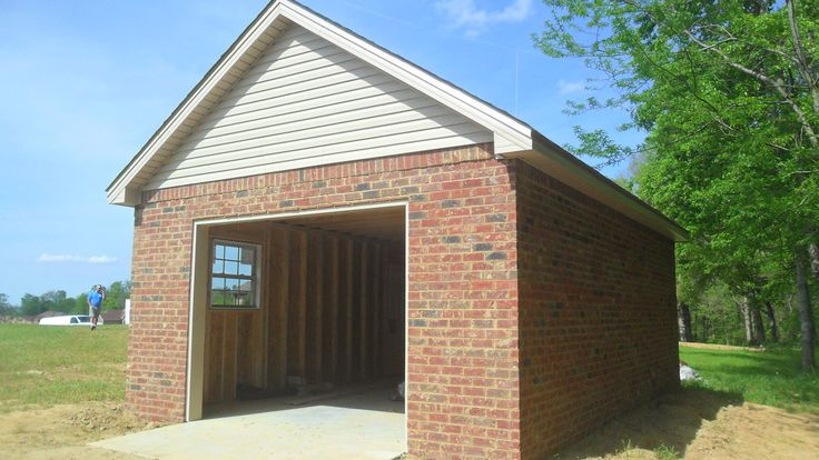 Best 25 garage with apartment ideas on pinterest above for How much to build a carriage house